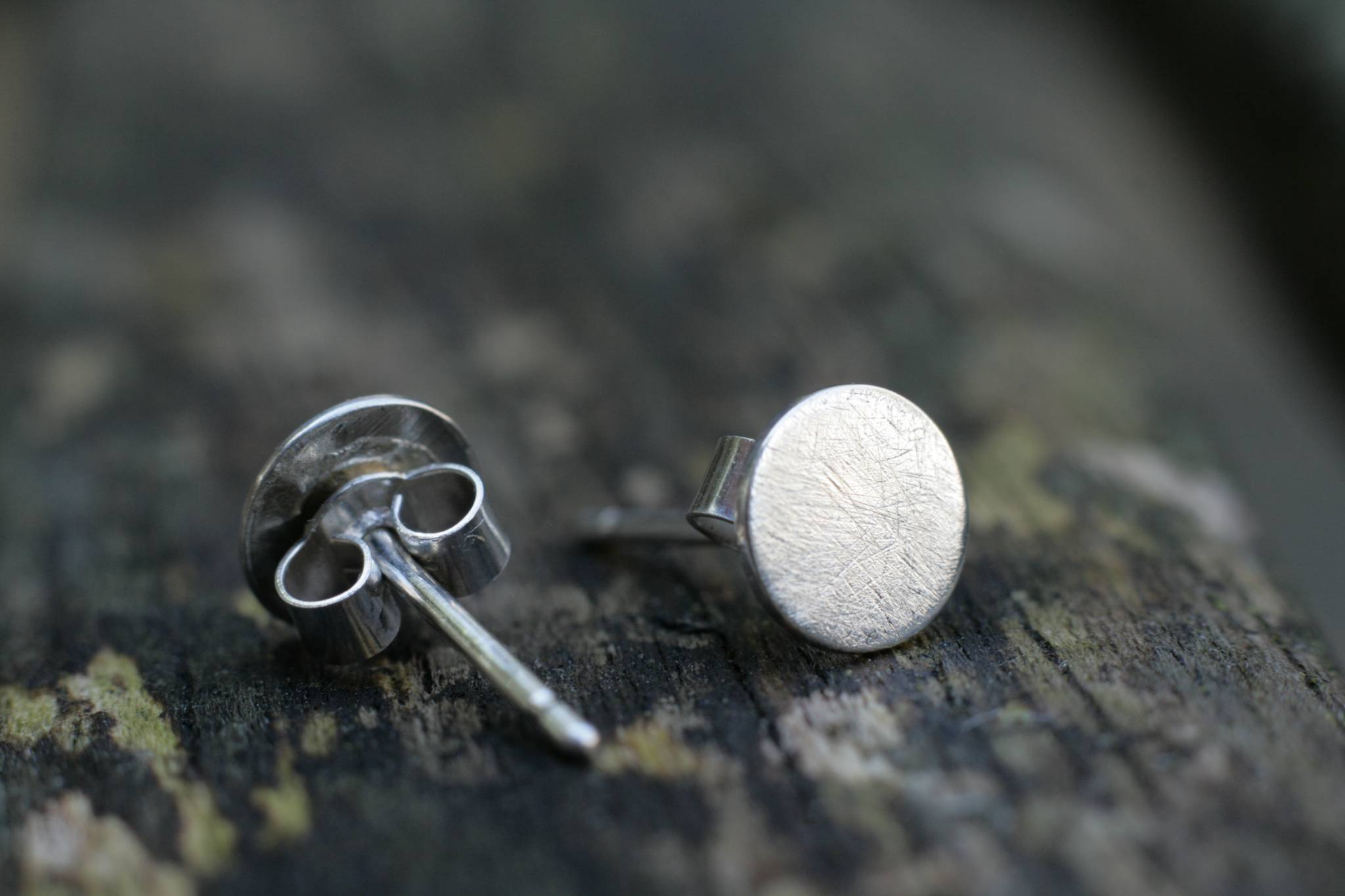 small en round earring earrings grey silvergrey may silver